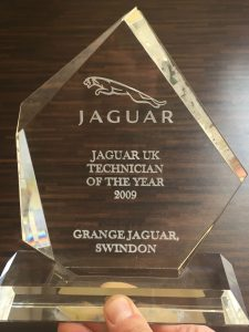 award-jaguar-technicial-of-the-year
